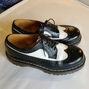 Dr. Martens Shoes - Dr Martens Brogue Oxford Wingtip Shoes Black White